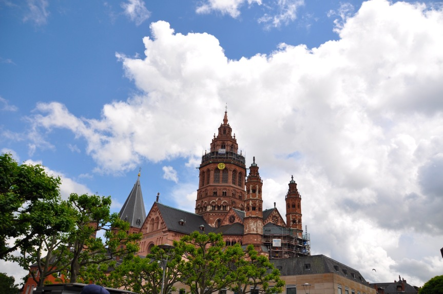 The plethora of churches in Mainz