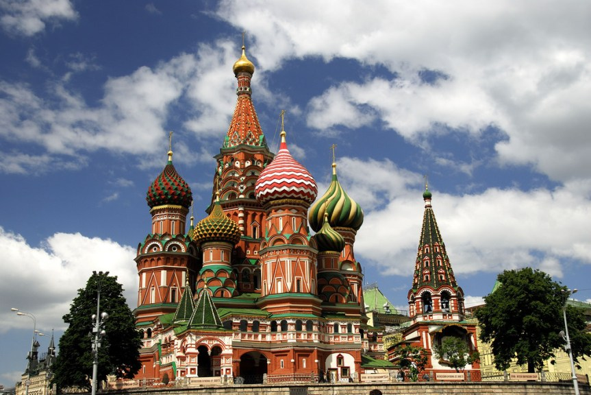 travel-russia-moscow-kremlin-st-basils-cathedral-6
