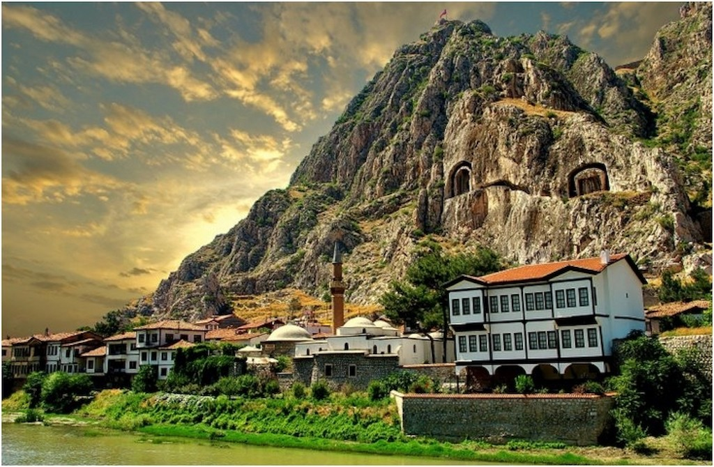 travel-guide-blog-Turkey-Amasya-01